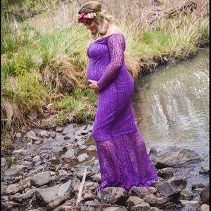 Maternity off shoulder lace dress